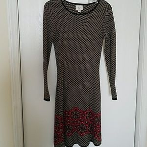 Adorable sweater dress in perfect condition.